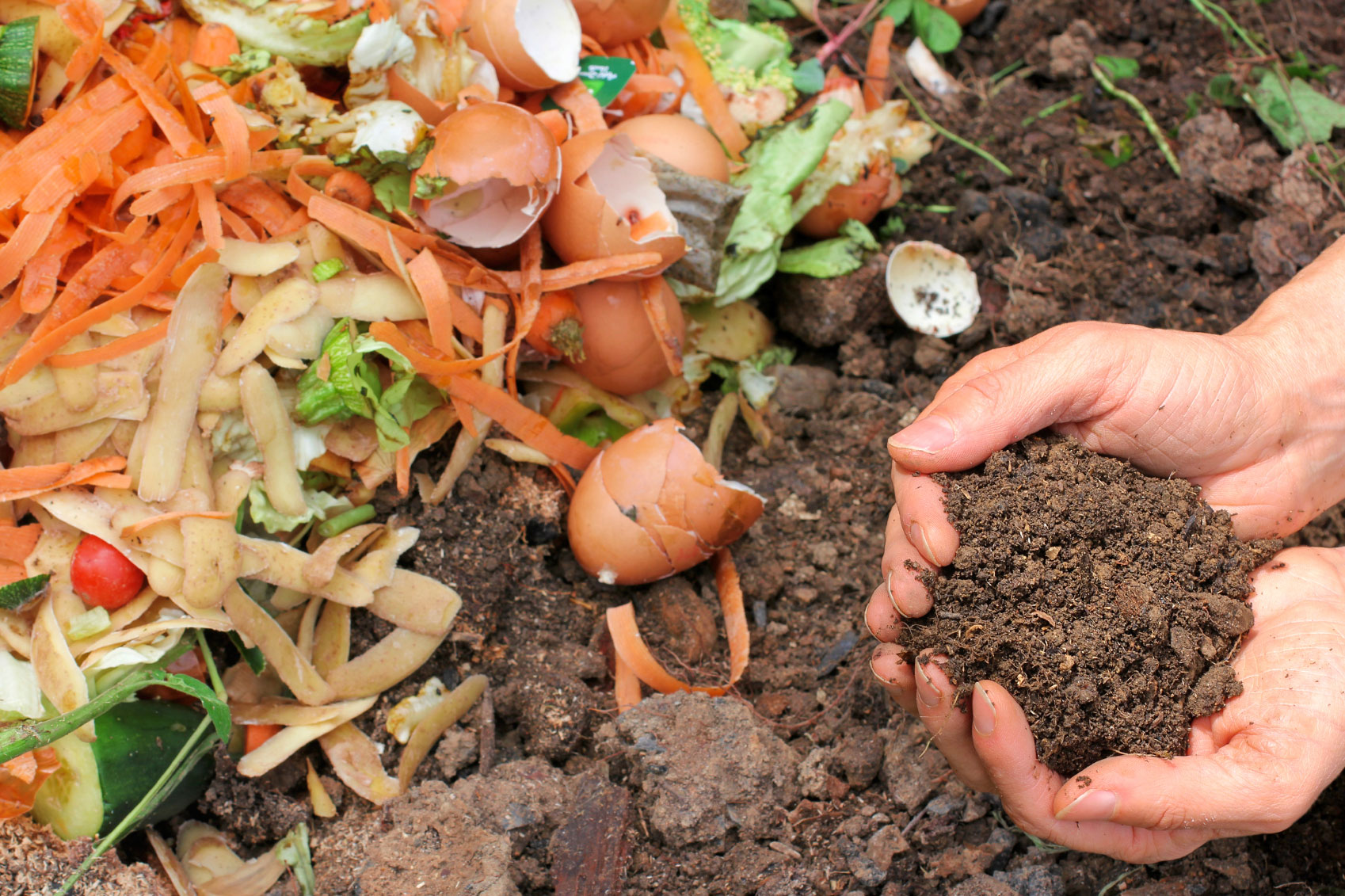 Turn Fall Chores Into the Perfect Compost